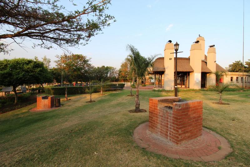Property For Sale in Mooikloof Ridge Estate, Pretoria 11