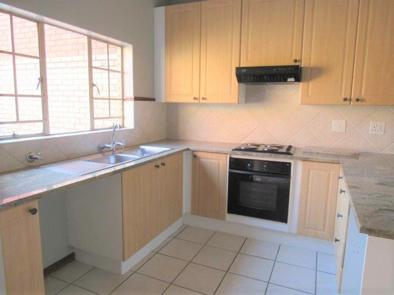 Property For Rent in Equestria, Pretoria 2