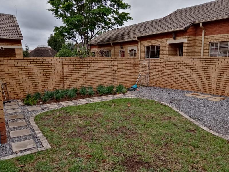 Property For Rent in Equestria, Pretoria 9