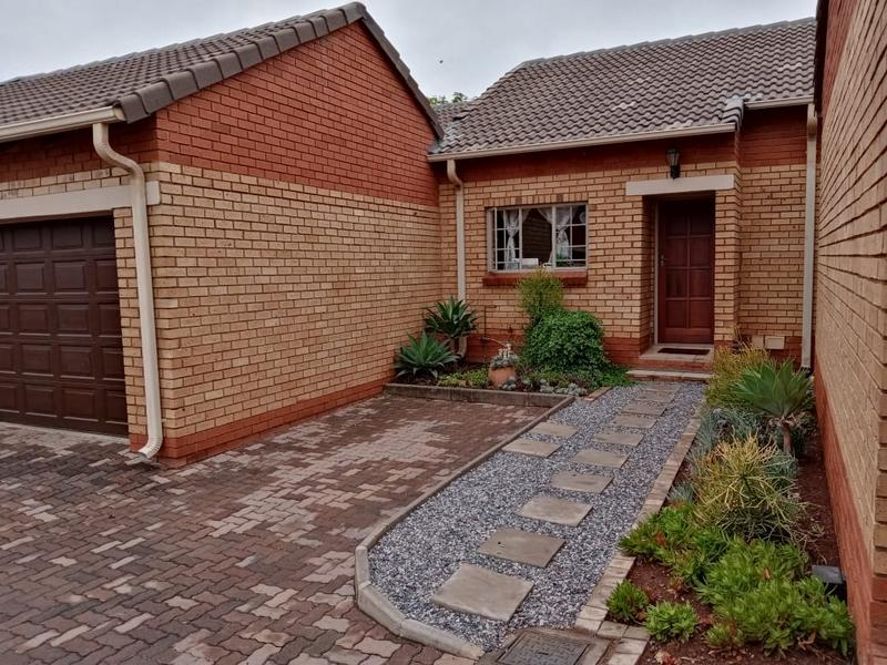 Property For Rent in Equestria, Pretoria 1