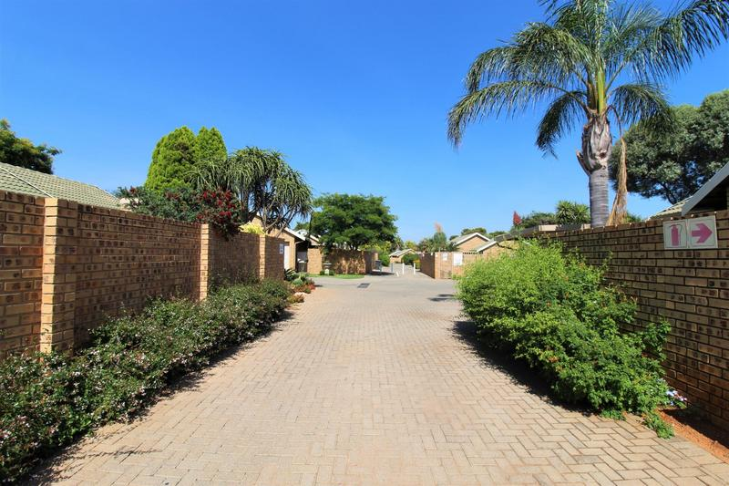 Property For Sale in Die Wilgers, Pretoria 15