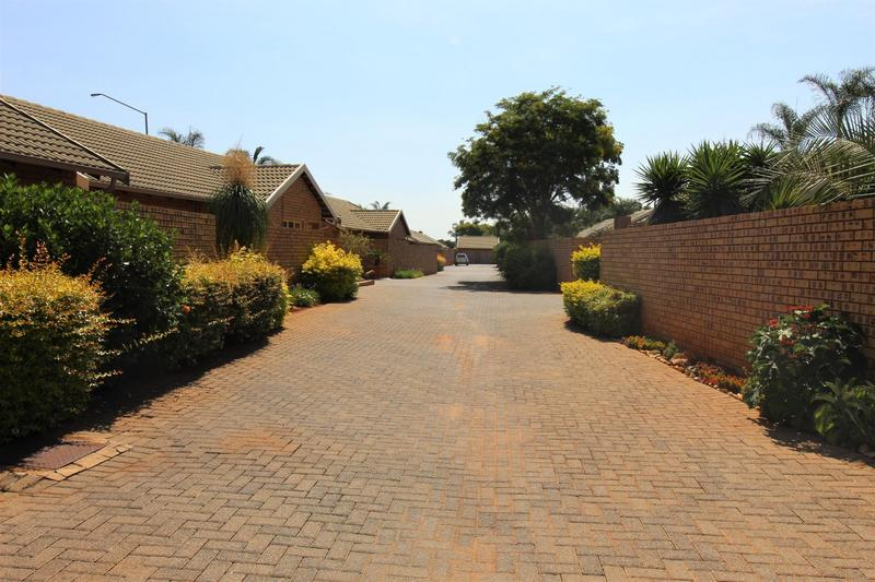 Property For Sale in Die Wilgers, Pretoria 17